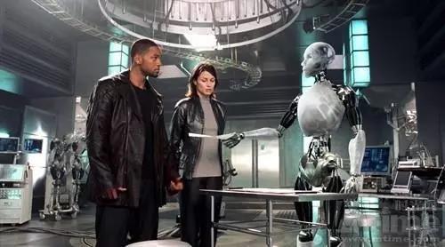看《机械公敌》悟人性